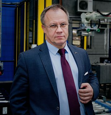 Waldemar Rzeszutek, Vice President, Technical Director